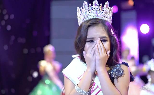 Yucatecan Renata González, representing Mexico, wins Mini Universe edition 2021