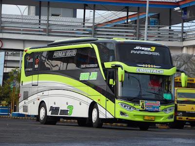 Bus Subur Jaya Countach