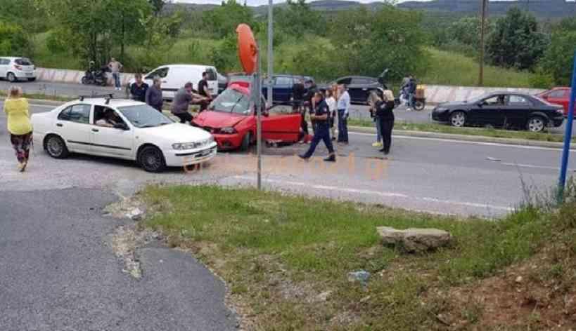 Θεσσαλονίκη: Σύγκρουση δύο οχημάτων κατέληξε σε τραγωδία – Τσακώθηκαν, έχασε τις αισθήσεις του και πέθανε