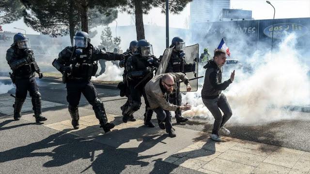 Francia anuncia un total de 2000 sentencias a chalecos amarillos