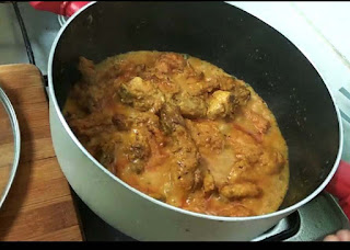 spicy chicken curry ayeshas kitchen