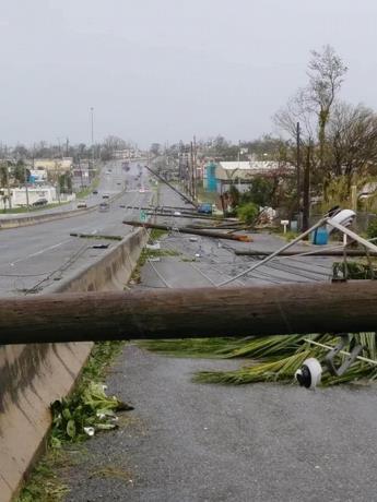 Tormenta Isaías deja sin luz a miles de puertorriqueños en medio de pandemia