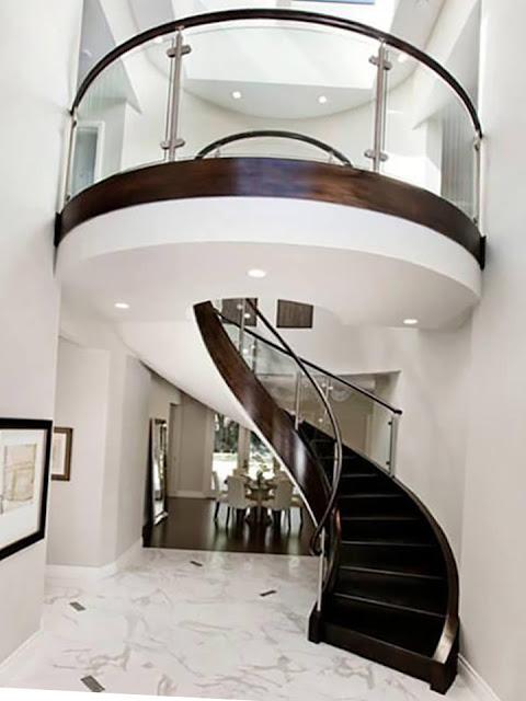 Amazing glass stair railings