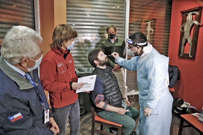 Cómo Punta Arenas pasó de 127 a 966 casos en un mes