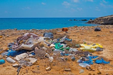 Warisan Sampah Plastik Dunia - www.ajarekonomi.com
