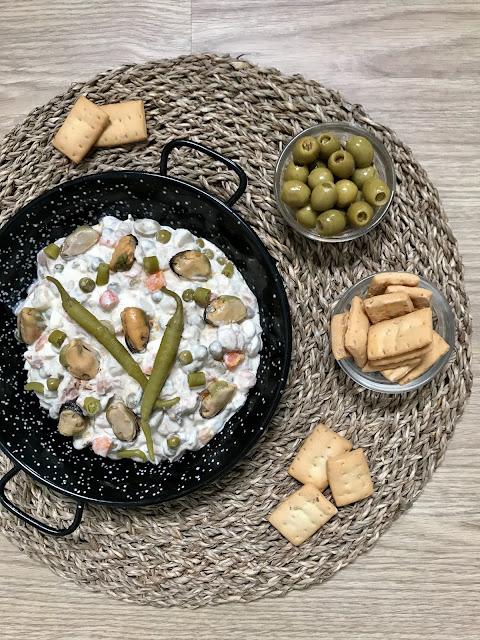 ENSALADILLA RUSA EXPRÉS con MEJILLONES. ¡Receta deliciosa en 5 minutos!