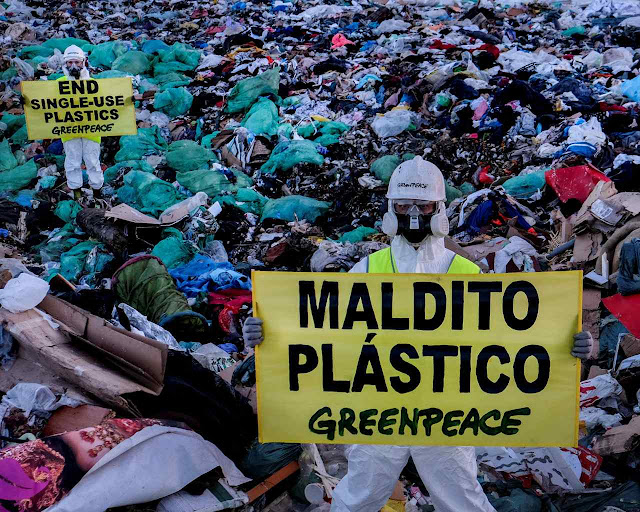 A modernidade do plástico em todo deu margem ao ambientalismo tribalista que recusa os sensatos usos e costumes da sociedade orgânica cristã.