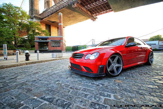 mercedes clk red