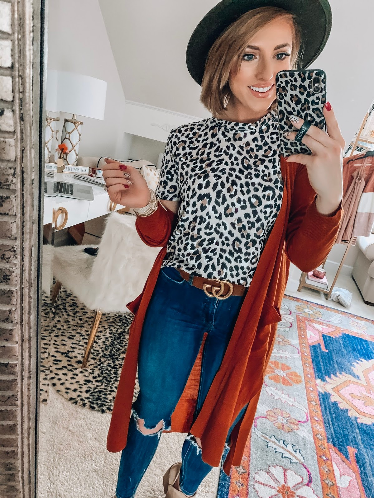 Recent Amazon Finds: $14 Leopard Tee - Something Delightful Blog #fallstyle #affordablefashion #amazonfashion