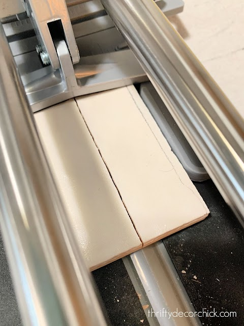 How to use tile cutter