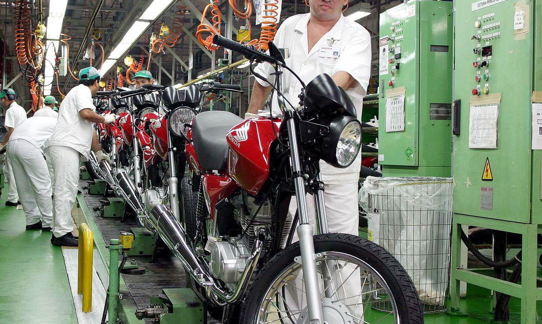 Produção de motocicletas cresce 30,2% em agosto no Brasil