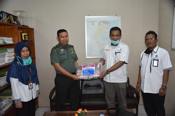 Kemnaker Samarinda Sambangi Korem 091/ASN Beri Masker