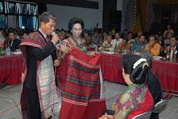 Contoh Umpasa Tulang Ni Paranak Pada Adat Suku Batak