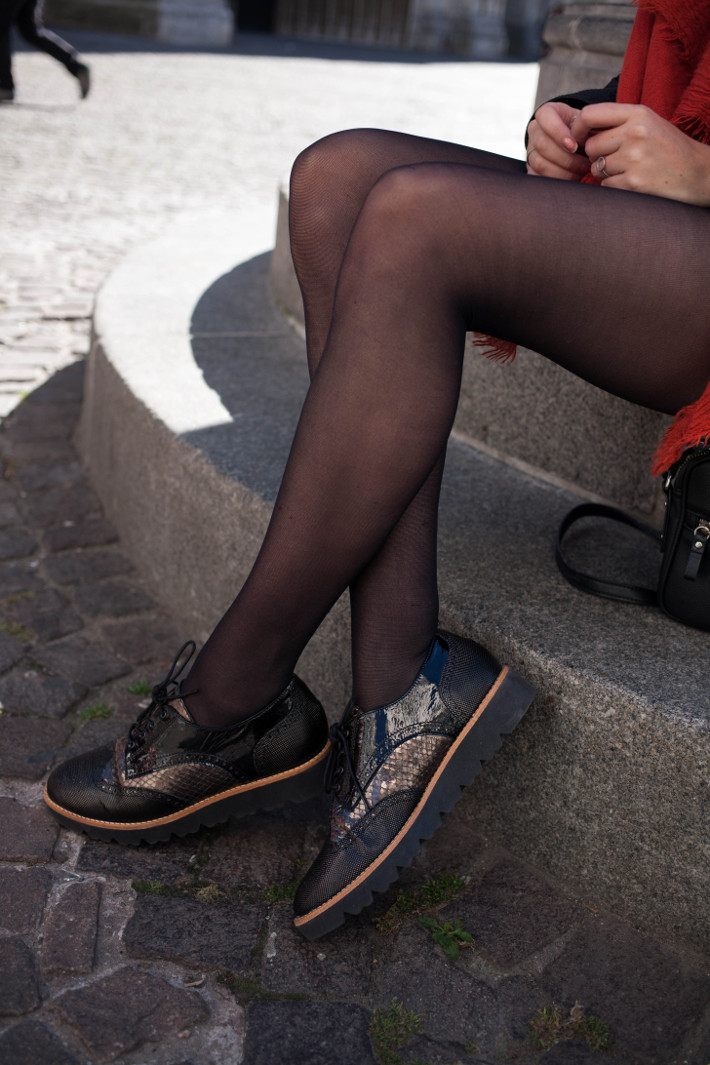 Outfit: wide brim hat, Softwaves brogues