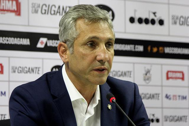 Vasco pode chegar a 2 meses de salários atrasados com Ricardo Sá Pinto no comando do Clube