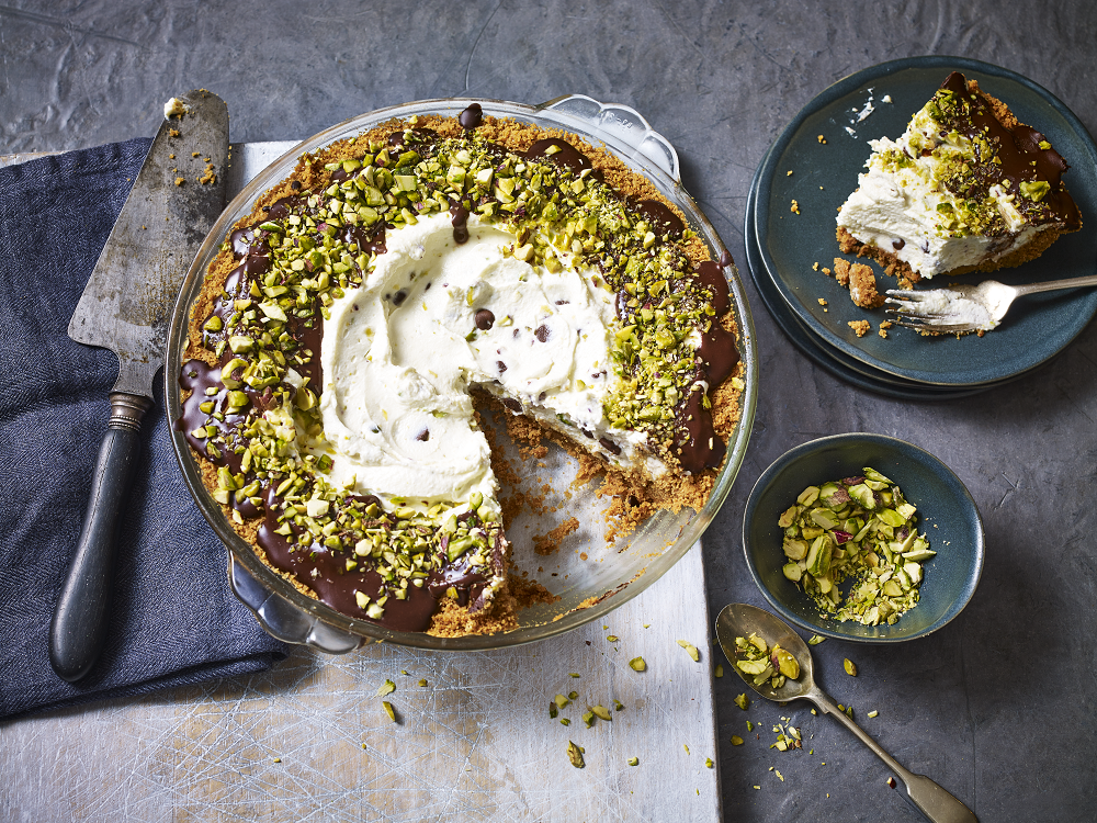 How To Make A Cannoli Pie: Cake Anyone?