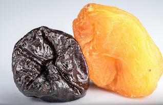 Prune atau plum kering