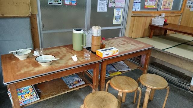 手打ちそば きしもと食堂の店内の写真