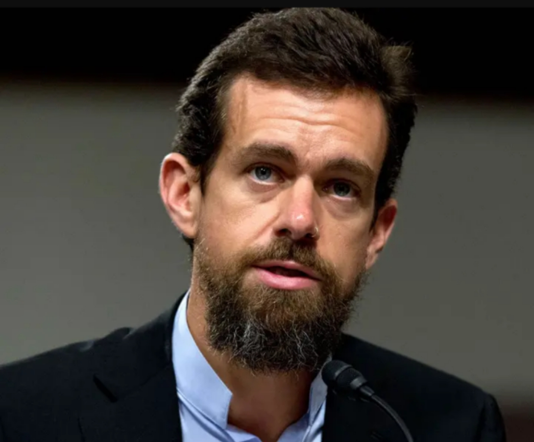 CEO Twitter , Jack Dorsey tweets photo of Nigerian flag at exactly 12am on June 12