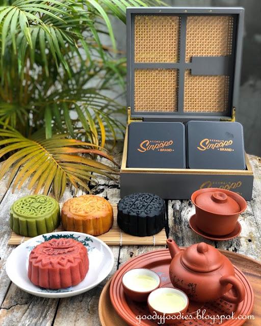Sinpopo Brand Peranakan Themed Mooncakes