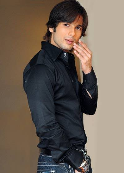 Shahid Kapoor Best Awesome And Fabulous Images Hd Wallpapers Jiyo Star
