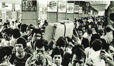 Folla a Porta Nuova