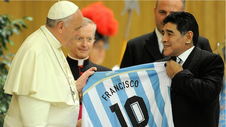 Paus Fransiskus untuk Keselamatan Jiwa Diego Maradona