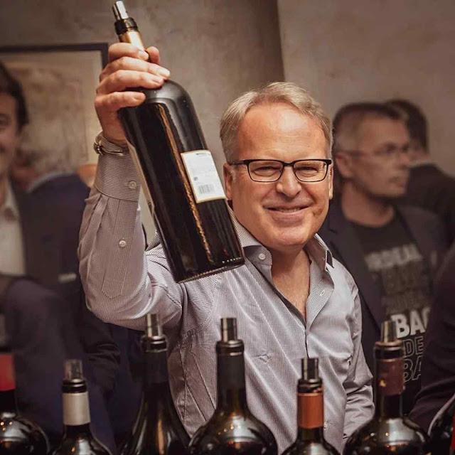 O crítico americano James Suckling escolheu um vinho tinto patagônico como o melhor de 2020