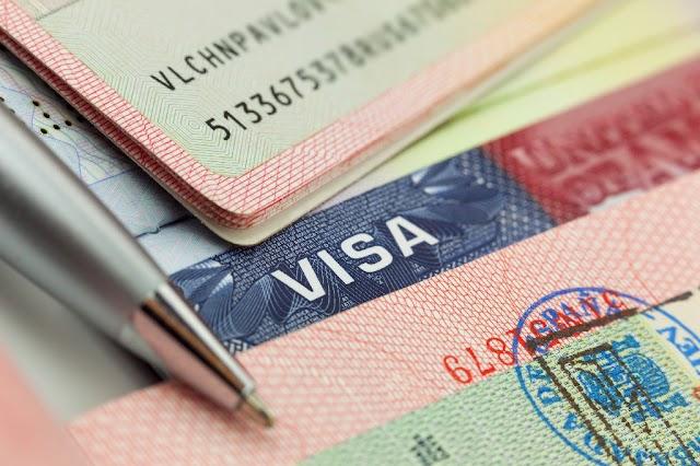 Đã mở hồ sơ xin visa định cư Mỹ thì xin visa Mỹ được không?