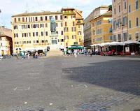 File: Visita Campo de Fiori in Rome.jpg