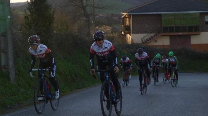 Dos citas UCI para el Club Ciclista Meruelo con las mejores del mundo en Navarra