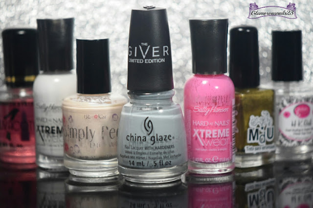 Duri Rejuvacote, Sally Hansen Xtreme Wear White On, Bliss Kiss Simply Peel Latex Barrier, China Glaze Intelligence, Integrity, & Courage, Sally Hansen Xtreme Wear Bubblegum Pink, Mundo De Unas Gold, Glisten & Glow HK Girl Fast Drying Top Coat