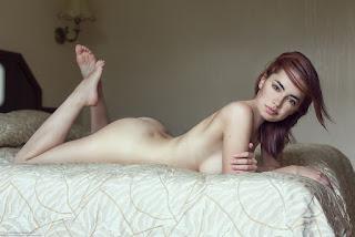 cute girl - Ivan%2BWarhammer-lidia-savoderova-nude.jpg