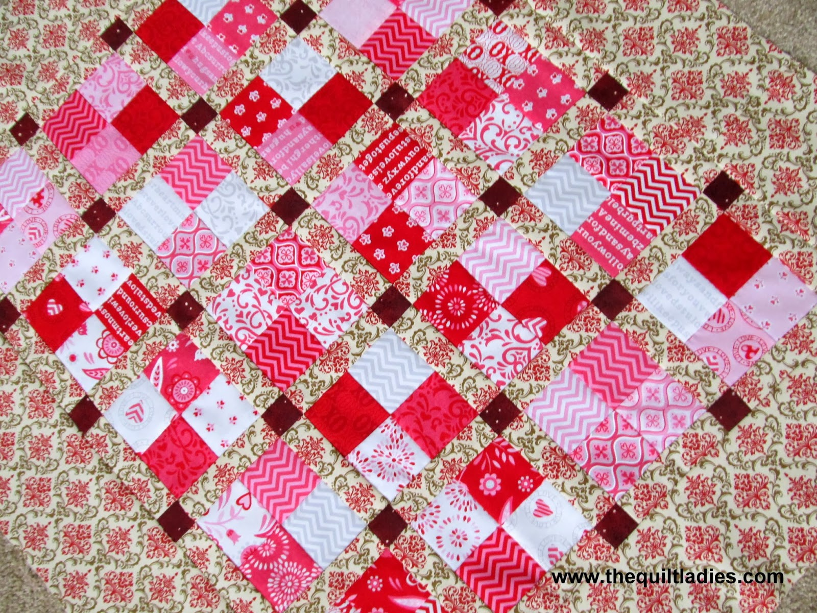 Four-patch quilt block free pattern