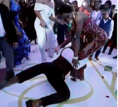 See The Way The Bridegroom Rocks His Bride On Their Wedding That Got People Talking