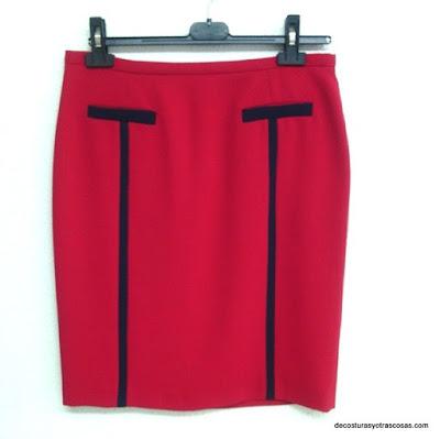 tutorial falda roja recta con detalles en azul marino