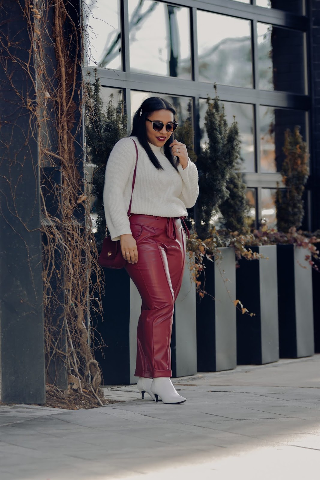shein, shein clothing reviews, faux leather pants, high waist pants, winter outfit ideas, chic outfit ideas, winter whitesJPG