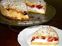 ciasto z malinami i pianką