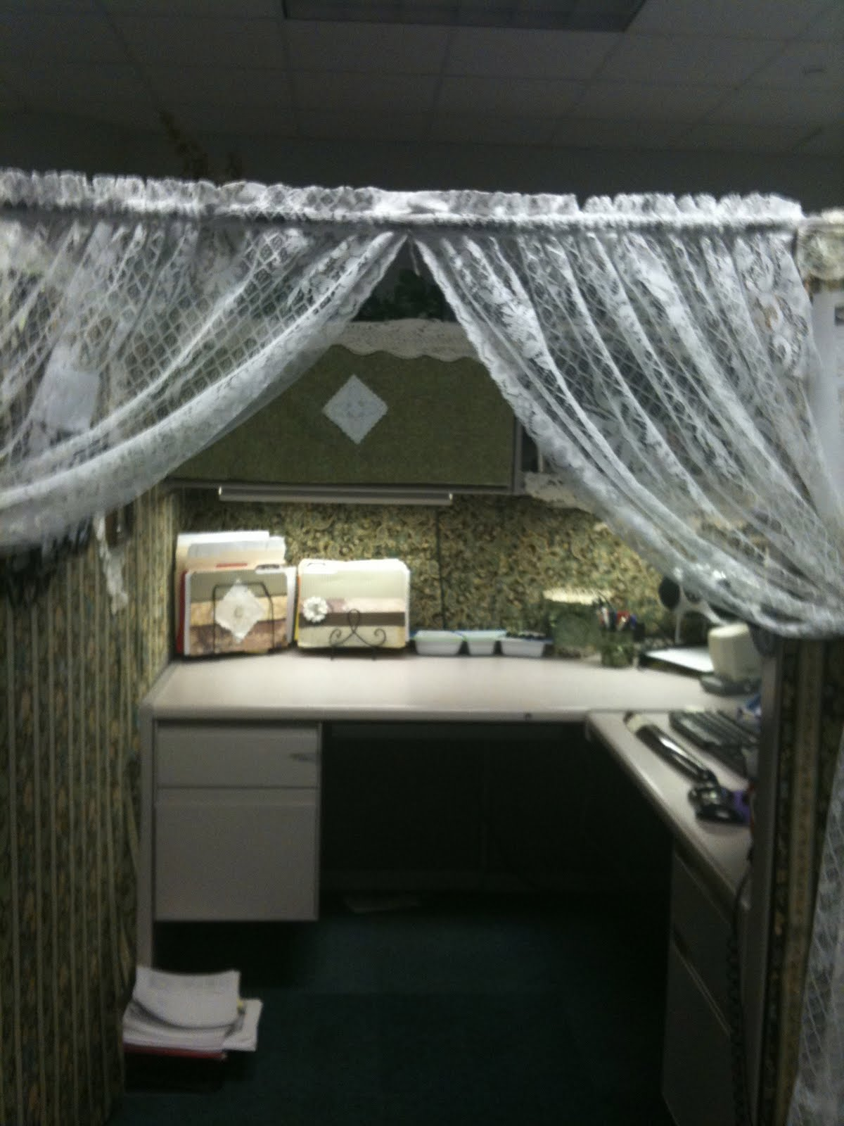 My Cowboy S Wife Extreme Work Cubicle Makeover