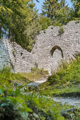 Entdeckungstouren Wasser Loisach - Kramerplateauweg - Ruine Werdenfels – Burgrain 11