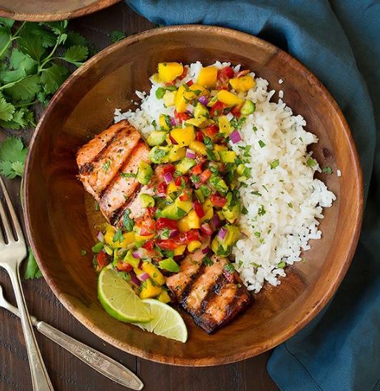 Grilled Lime Salmon with Avocado-Mango Salsa and Coconut Rice #mango #healthydinner #salmon #food #healthyrecipes
