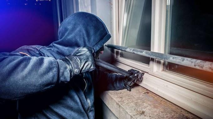 Több egri lakásba is betört, majd ékszereket és készpénzt is lopott egy fiatal maglódi férfi