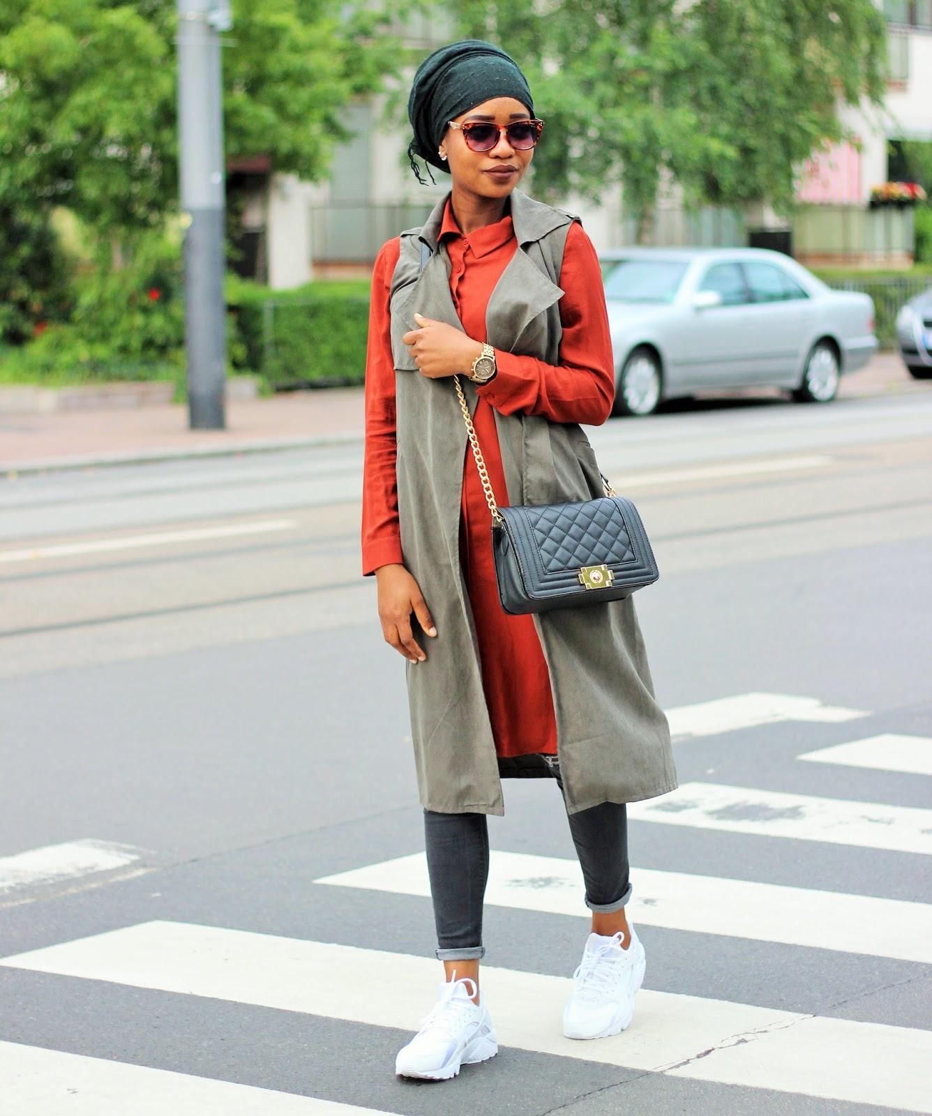 Ami Coco Urban Street Style Nike Huarache Triple White