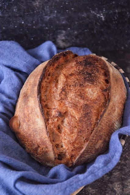 ricetta pane al pomodoro e olive taggiasche