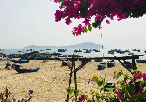 The little-known fishing village near Ganh Da Dia in Phu Yen