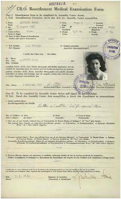 Ljubicin%2BImmig%2BPapers%2BPic%2Bbl Sonja Lyubicin la mujer contactada más intrigante, pero desafortunadamente menos conocidas, de la era de los años cincuenta