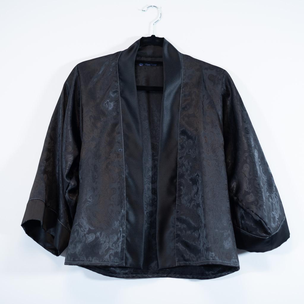 Minn's Things Suki Robe Sewing pattern Helen's Closet Hacked Short Satin Fabric Closet