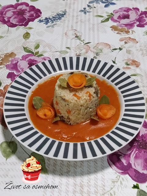 Rižoto i paradajz sos