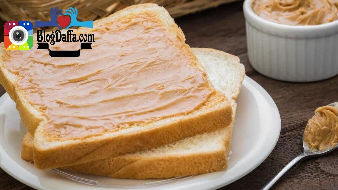 Roti Tawar Gandum dengan Selai Kacang