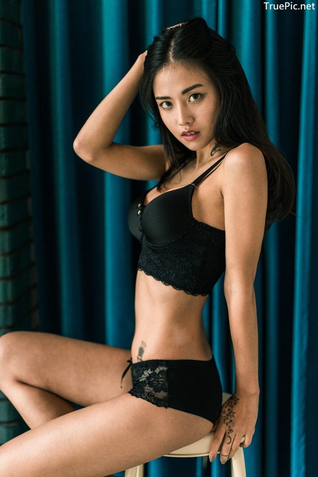 Image-Korean-Fashion-Model–Baek-Ye-Jin–Sexy-Lingerie-Collection-2-TruePic.net- Picture-4